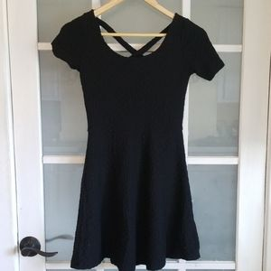 H& M divided black cap sleeve skater dress
